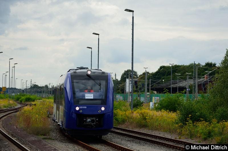 Bild: 620 409/621 409/620 909 beim rangieren in Rathenow.  Der Zug wird bei der Ostdeutschen Eisenbahn getestet.