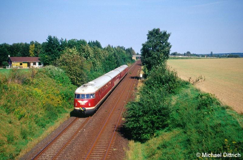 Bild: Der VT 08 auf dem nach Salzgitter-Lebenstedt kurz hinter Salzgitter-Thiede.