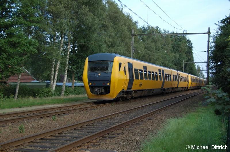 Bild: 3425 kurz vor dem Bahnhof Borne.