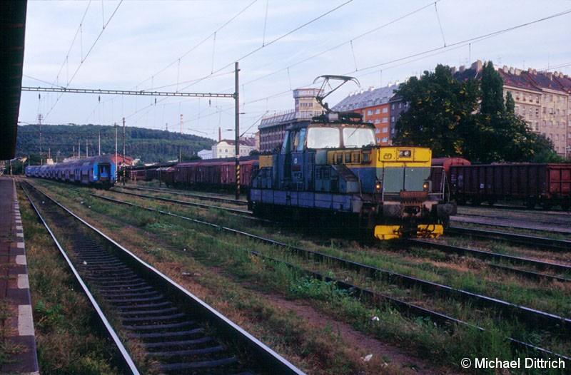 Bild: In Praha-Vrsovice verrichtete die 110 032 ihren Rangierdienst.