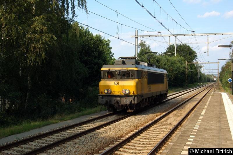 Bild: 1769 fährt durch den Bahnhof Hengelo Oost.