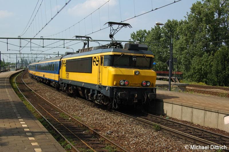 Bild: 1781 als IC von Venlo nach Den Haag in Venlo.