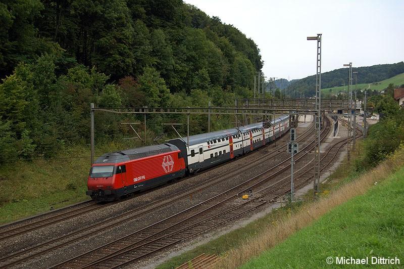 Bild: 460 000 schiebt ihren Zug gleich durch Tecknau.