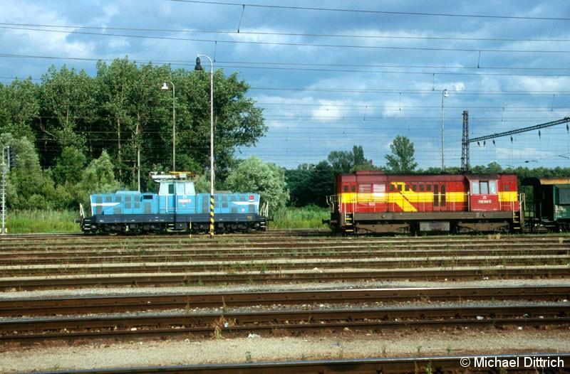 Bild: 210 022 und 742 362 in Kuty.