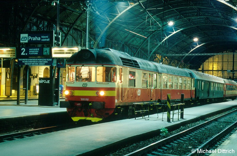 Bild: 853 021 in Praha hl. n.