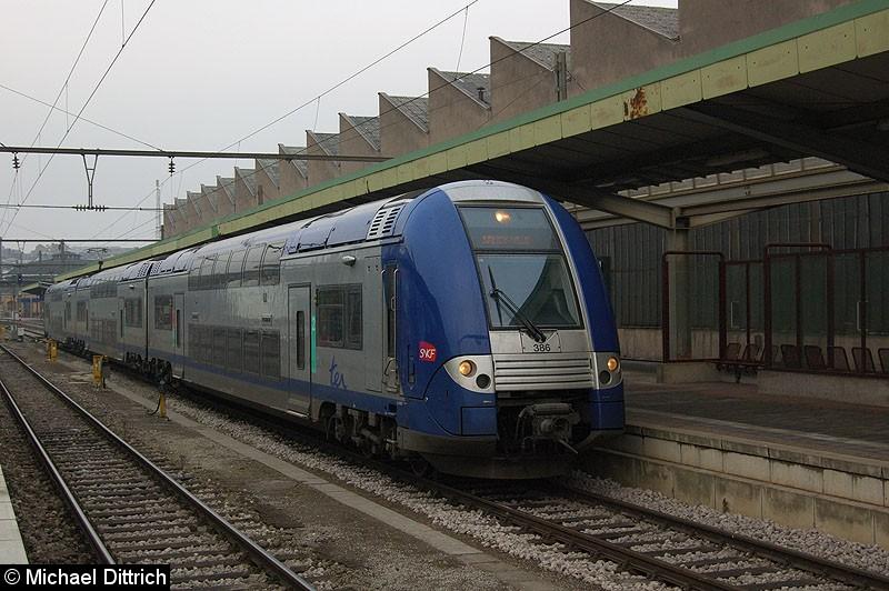 Bild: 386 der SNCF als Regionalbahn nach Nancy Ville in Luxembourg.