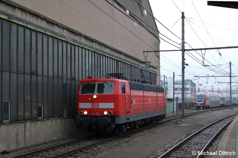 Bild: 181 214 beim Umsetzen im Bahnhof Luxembourg.