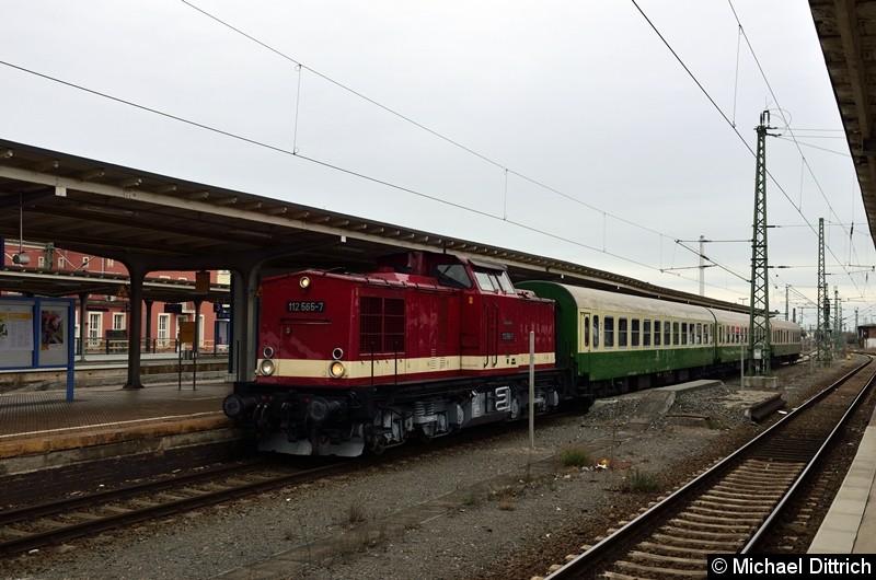 Bild: Ankunft des Sonderzuges aus Bernburg in Dessau Hbf.