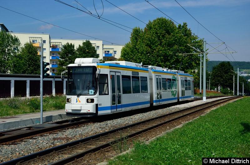 Bild: Wagen 603 als Linie 3 erreicht die Endstelle Winzerla.