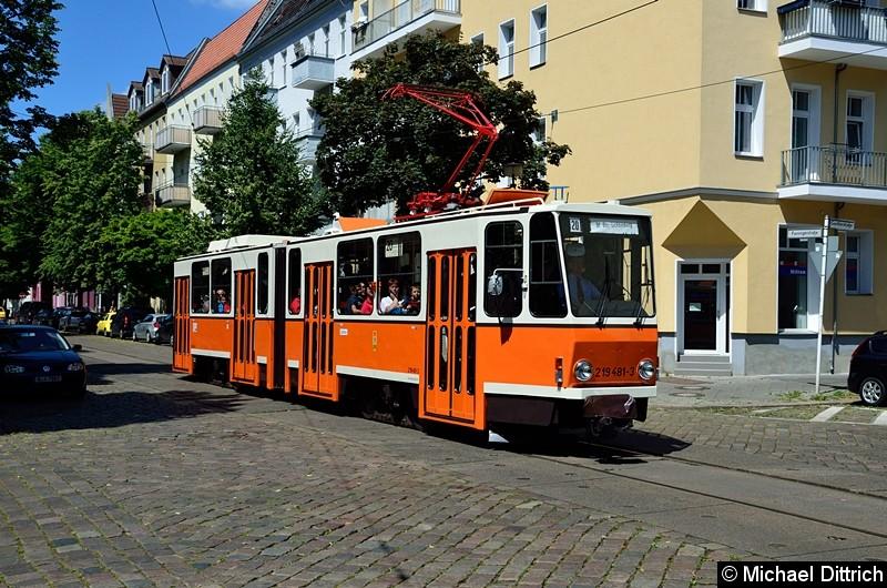 Bild: 219 481-3 in der Fanninger Str. Ecke Guntherstr.