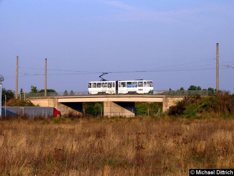 Bild: Hier überquert der 220 die Autobahn A12.