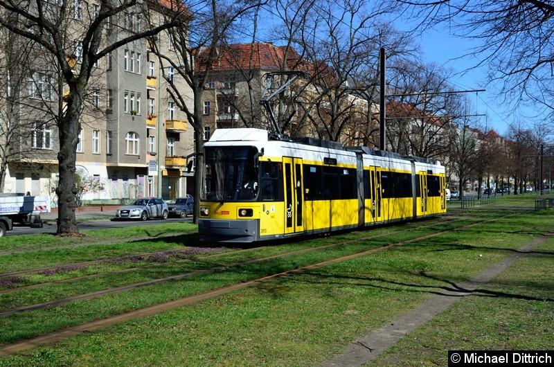 Bild: 2013 als Linie M13 kurz vor der Haltestelle Björnsonstr.