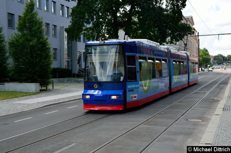 Bild: Wagen 302 als Linie 2 in der Logenstraße auf dem Weg zur Europa-Universität.