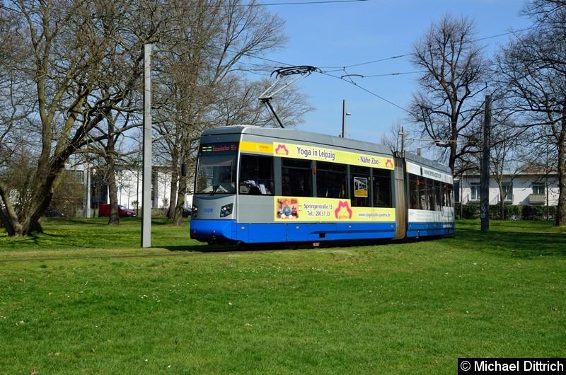 Bild: 1309 als Linie 2 in der Wendeschleife Naunhofer Str.