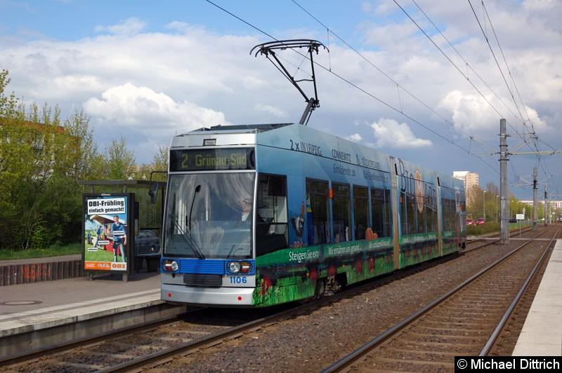 Bild: 1106 als Linie 2 an der Haltestelle Ratzelbogen.