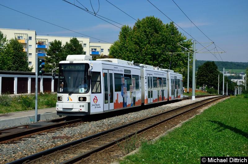 Bild: Wagen 618 als Linie 3 erreicht die Endstelle Winzerla.