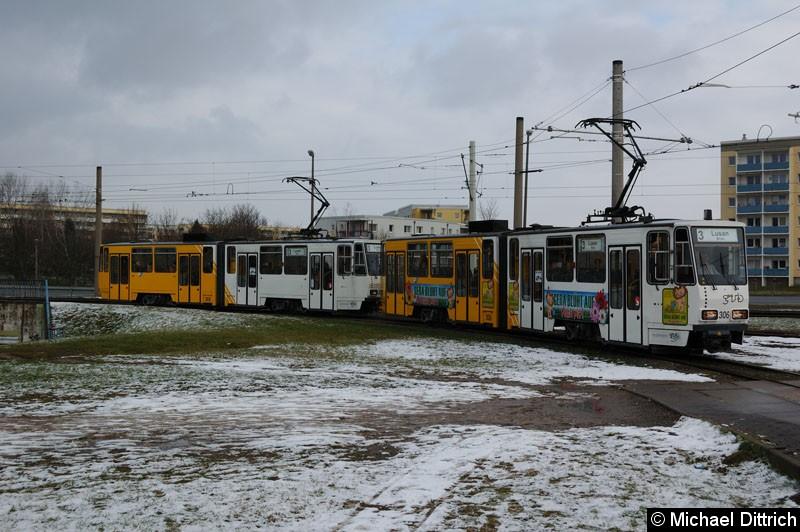 Bild: KT4D 306+305 kurz vor der Endhaltestelle Brüte.