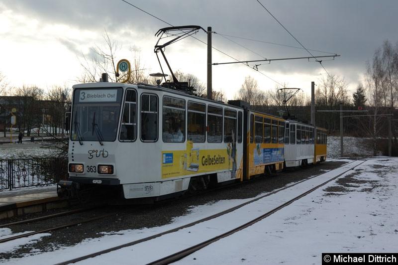 Bild: KT4D 363+362 in der Abfahrthaltestelle Brüte.