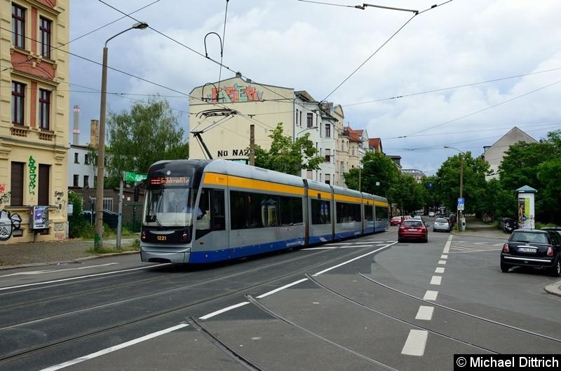 Bild: 1221 als Linie 11 in der Bornaischen Straße.