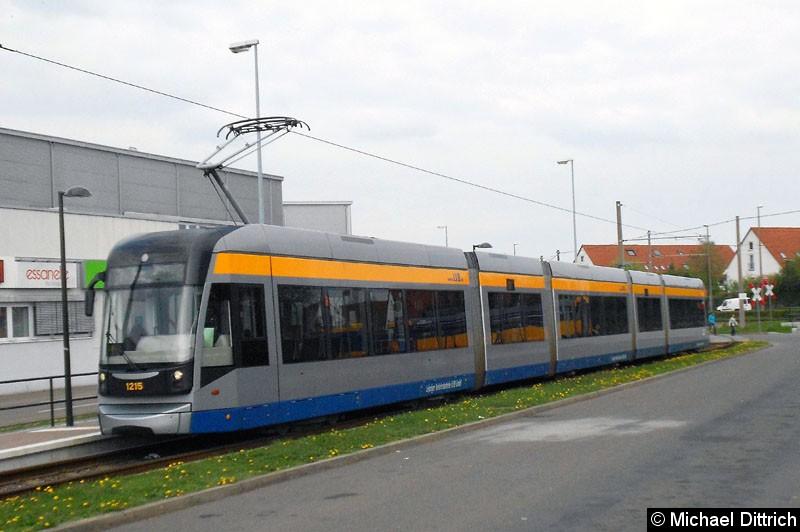 Bild: 1215 als Linie 7 an der Endstelle Sommerfeld.