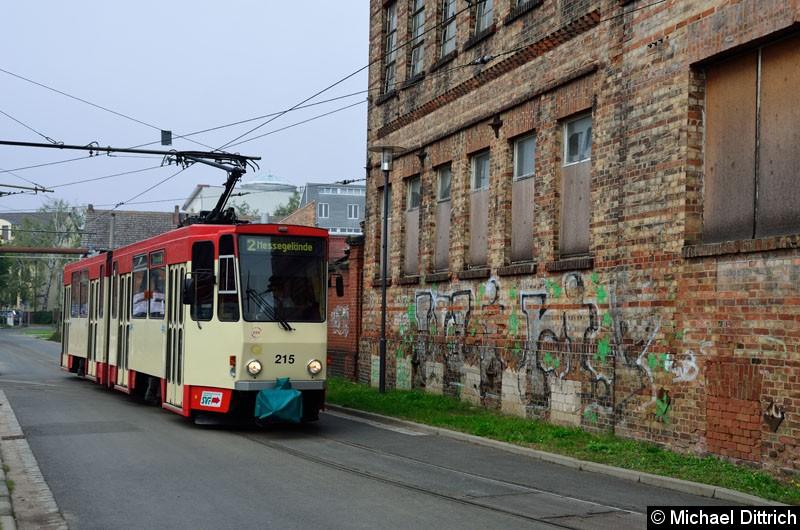 Bild: Wagen 215 als Linie 2 in der Bachgasse kurz vor der Europa-Universität.
