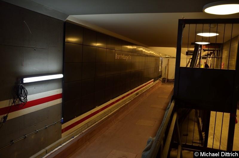 Bild: Hier werden ab Ende 2020 die Züge in Richtung Hönow fahren. Blick vom Tunnelgang.