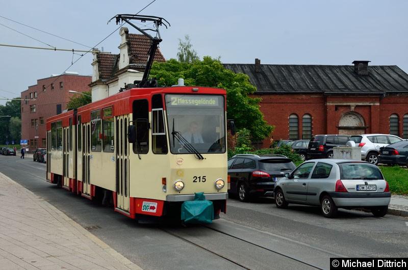 Bild: 215 als Linie 2 in der Logenstr. auf dem Weg zum Messegelände.
