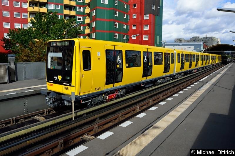 Bild: Noch einmal 1026 (ICKE) als U12/1 im Bahnhof Prinzenstr.