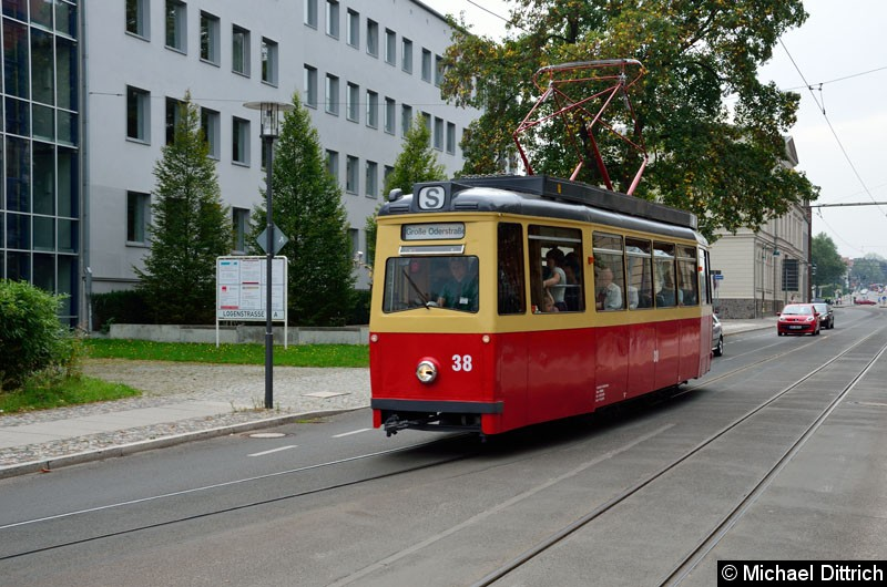 Bild: Wagen 38 in der Logenstr. auf dem Weg zur Bachgasse.