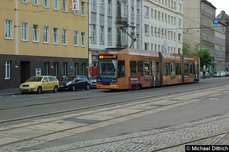 Bild: 1105 als Linie 9 kurz vor dem Hauptbahnhof.