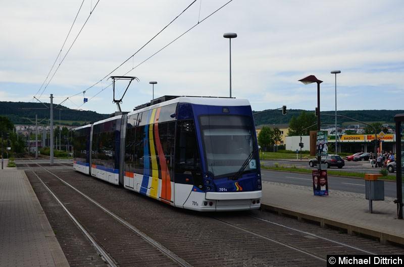 Bild: Wagen 701 als Linie 3 an der Haltestelle Burgaupark.