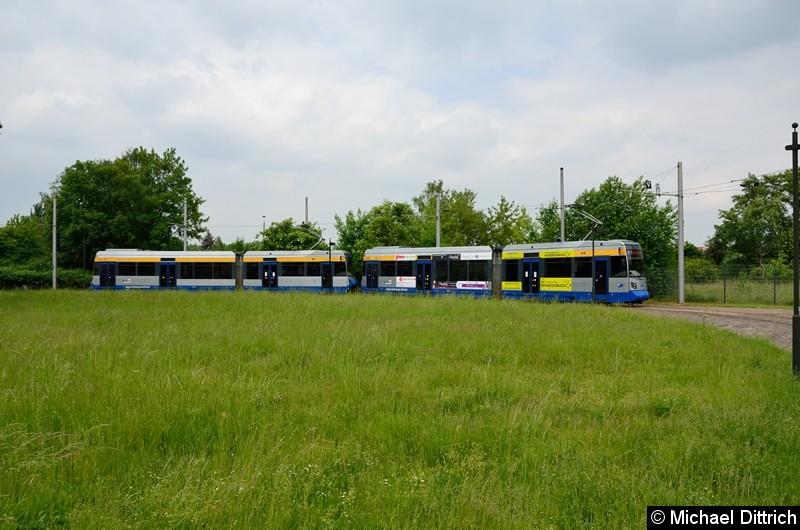 Bild: 1308 + 1332 als Linie 4 in der Wendeschleife Gohlis, Landsberger Str.