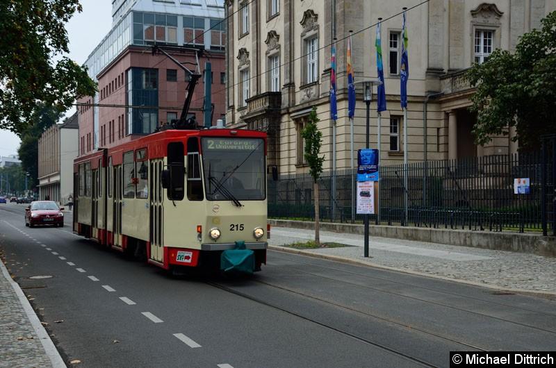 Bild: Wagen 215 in der Logenstr. auf dem Weg zur Europa-Universität.